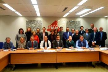 El alcalde ha asistido a la reunión en la sede de la Federación de Municipios de Madrid