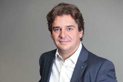 Lee toda la noticia 'Ignacio Aguado escucha las plegarias de Ayala '