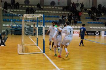 Los de 'Santa' cayeron por 2 a 1 ante el Santiago Futsal