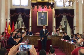 El alcalde complutense revalida su mandato esta legislatura, gracias al apoyo de Unidas Podemos