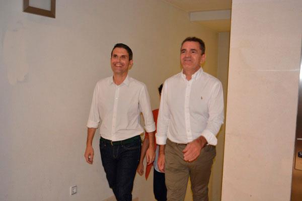 El secretario general del PSOE en Madrid, José Manuel Franco, visita Alcalá