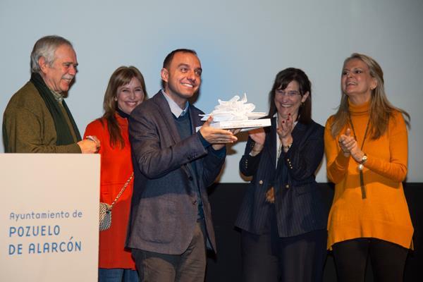 José Zoilo recoge el I Premio Novela Histórica de Pozuelo por 'El alano'