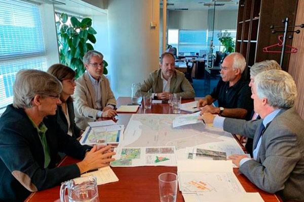 Provocadas por las contradicciones entre la versión de Martínez-Almeida y la del delegado de Desarrollo Urbano, Fuentes