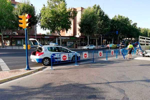 La Calle Castilla la Vieja, cortada tras un accidente
