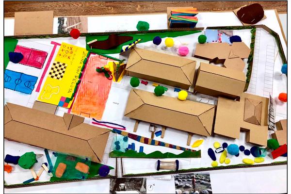 El proyecto busca ofrecer mayores oportunidades de aprendizaje a los estudiantes del centro y rediseñar el patio escolar