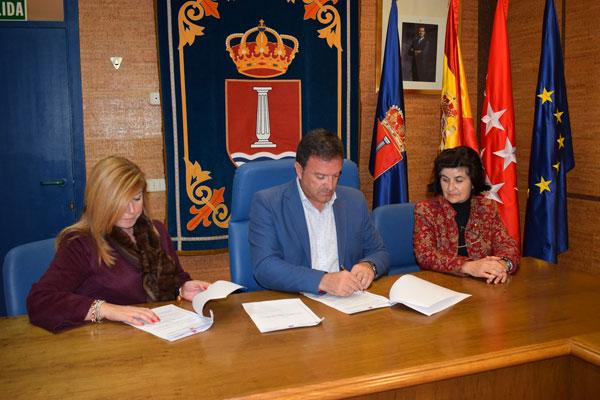 Suscriben el convenio con 'Madrid Activa' para la creación de un vivero de empresas en Humanes
