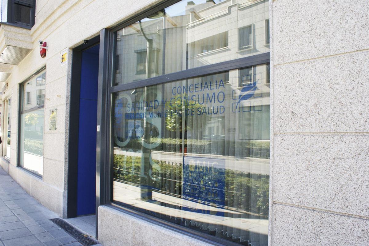 OMIC sigue resolviendo dudas y atendiendo consultas a través del servicio de información y el asesoramiento a cargo de un abogado