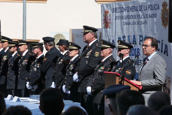La Policía Local y diversas entidades leganenses, conmemoradas por la Policía Nacional