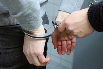 Los agentes de la policía han encontrado sustancias estupefacientes