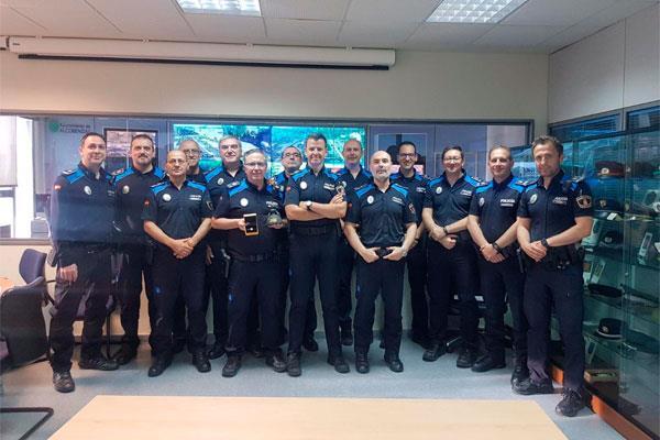 La Policía local abre sus puertas en Navidad