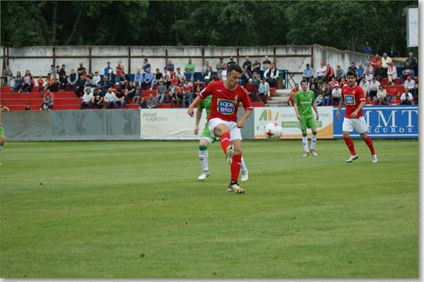 El Alcalá coge ventaja en los playoff