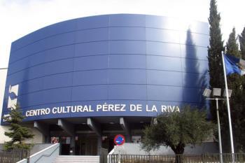 Suscrito un convenio que afectará al espacio escénico del Centro Cultural Pérez de la Riva