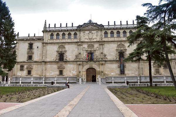 La UAH posicionada entre las 250 mejores  universidades en empleabilidad