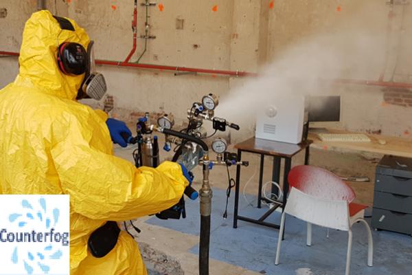Counterfog ® es una tecnología revolucionaria que limpia el aire y descontamina rápidamente grandes espacios abiertos y cerrados.
