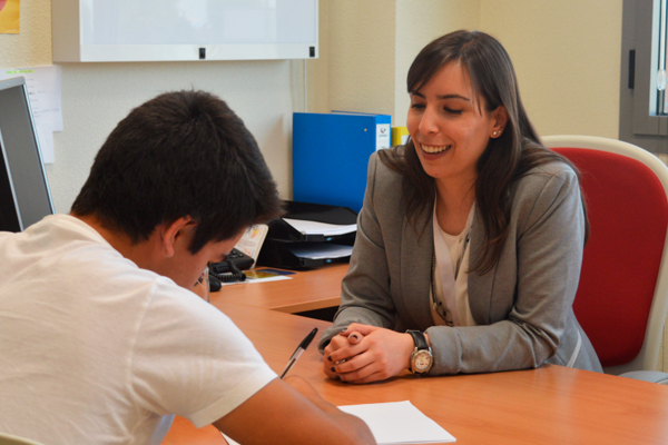 Laura Gómez, psicóloga de la URJC, nos explica como sobrellevar las épocas de estrés, para que no nos produzcan ansiedad