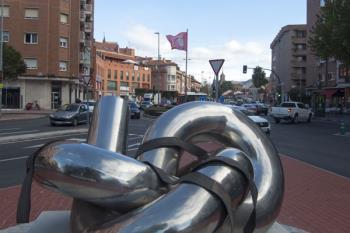 La nueva rotonda de la Cruz Verde dará la bienvenida al centro con este símbolo de la ciudad