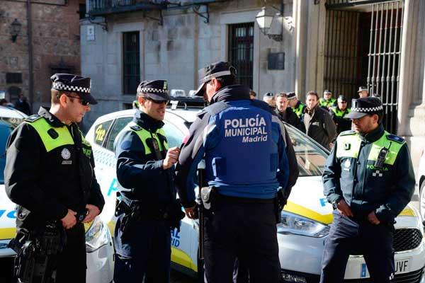 La Policía Municipal levanta 18 actas por tenencia de armas ilegales en el distrito de Salamanca