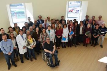 Las asociaciones de pacientes celíacos, las familias y el equipo directivo del hospital han puesto ideas en común