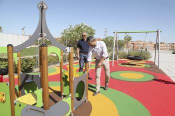 Se han instalado una zona infantil exterior y nuevas máquinas en sala de spinning