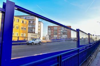 268 nuevos metros lineales de pantallas en el puente de la calle Canto