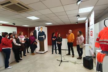 Con motivo del día del voluntariado, ayer se celebró un encuentro en la inauguración de la muestra