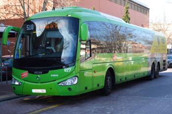 Todos los autobuses de la línea miden ahora 15 metros de longitud