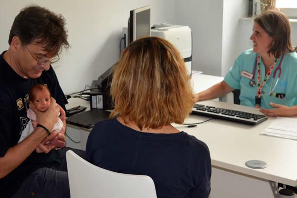 El centro ofrece una atención integral durante el periodo de lactancia