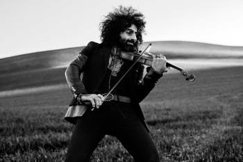 Hablamos con Ara Malikian sobre el lanzamiento de su nuevo disco,