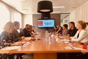 El Gobierno regional retoma la colaboración y el diálogo con los agentes sociales para mejorar el empleo y la formación