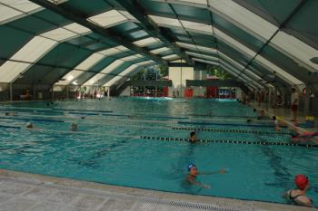 Este proyecto ha sido aprobado después de varios años intentando implantar esta cubierta en la piscina muncipal