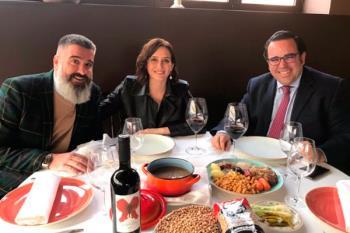 Isabel Díaz Ayuso compartió mesa y mantel con el alcalde boadillense, Javier Úbeda