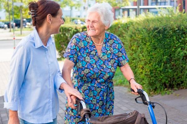 En nuestra ciudad hay más de un centenar de voluntarios, una veintena de ellos mayores de 70 años