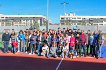 Cerca de 200 tenistas participan en el torneo de tenis celebrado en la Ciudad Deportiva Joaquín Blume