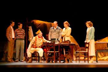 Uno de los éxitos más representativos del teatro español contemporáneo, dirigida por César Oliva, se podrá ver durante este fin de semana