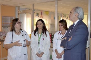 El consejero de Sanidad, Enrique Ruiz Escudero, ha visitado esta nueva Unidad y la remodelada Unidad de Neonatología