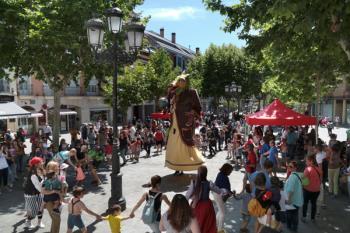 El reconocimiento se materializó en la celebración de la ya tradicional fiesta 'A hombros de Gigantes'
