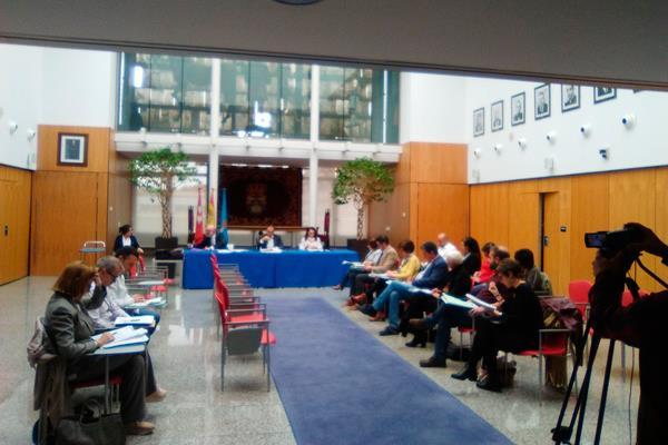 Leganés aprueba la subida del IBI en un Pleno a puerta cerrada