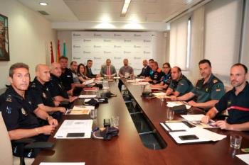 Más de 200 efectivos velarán por el bienestar de los vecinos según la Junta local de Seguridad