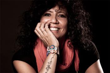 Hablamos con Rosana antes de su paso por el WiZink Center de Madrid, el próximo 16 de febrero, con su gira 'En la memoria de la piel'