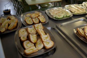 Diez colegios de la localidad han participado en unas jornadas informativas sobre alimentación