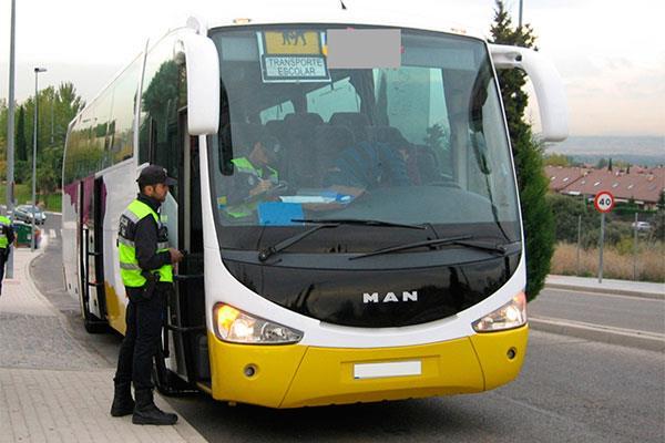 Los autobuses escolares superan la inspección municipal
