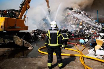 El fuego ha actuado sobre 5 naves industriales de nuestra localidad en este verano