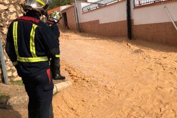 Además, los restos de la DANA han provocado cortes de tráfico en varias carreteras afectadas por las inundaciones