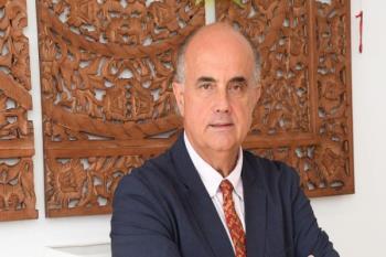 Entrevista al jefe de Medicina Interna Antonio Zapatero a iSanidad