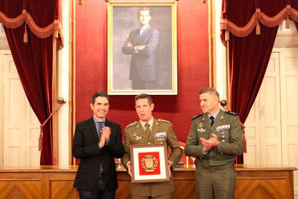 Aquellos participantes en la misión 'Operación Apoyo a Irak' han sido condecorados