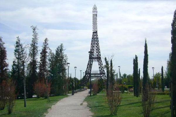 Los parques de Torrejón, cerrados por el temporal