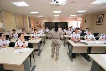 Los ahora egresados han podido tomar contacto con cada uno de los Ejércitos y la Armada