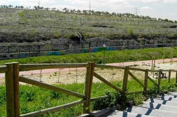El incendio producido en el Bosque del Humedal reveló resquicios de fibrocemento denunciados socialmente