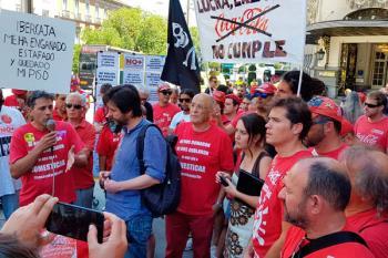 Los trabajadores y la embotelladora de Fuenlabrada están negociando las condiciones de readmisión de los trabajadores