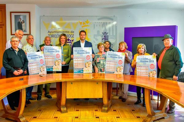 """Más de 1.000 mayores de Torrejón de Ardoz disfrutaran del programa """"Vacaciones de Mayores"""""""